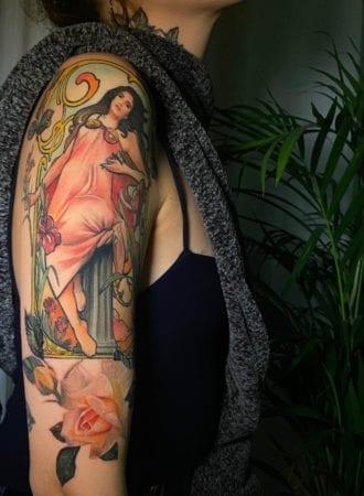 Tattoo realismo musa